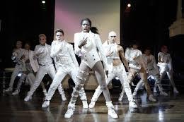 Cirque Michael Jackson